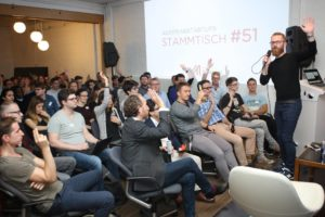 Stammtisch #51: How to find, win, keep, and grow your customers